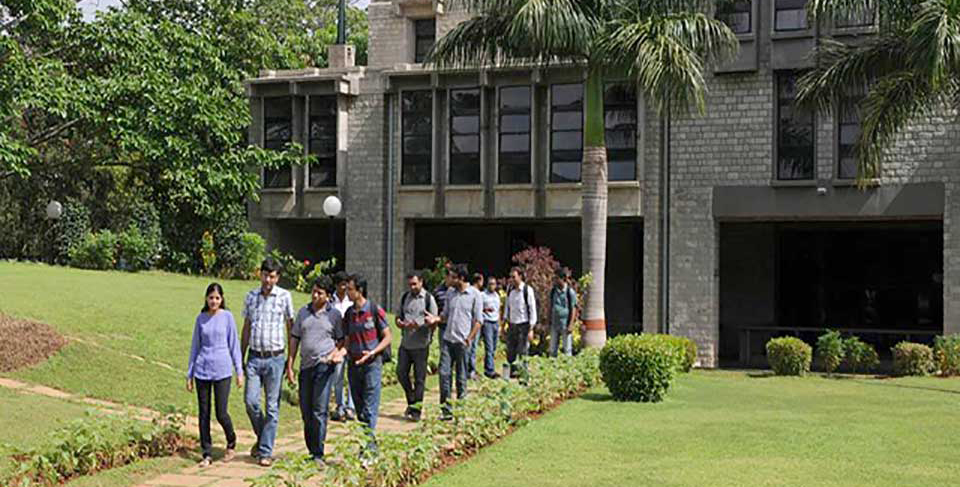 Indian Institute of Management(IIM) offering Scholarship for Bangladeshi Students